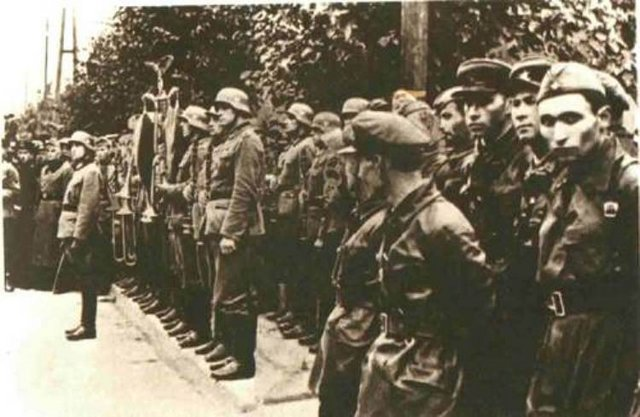 sovetsko-nemetsky-parad1